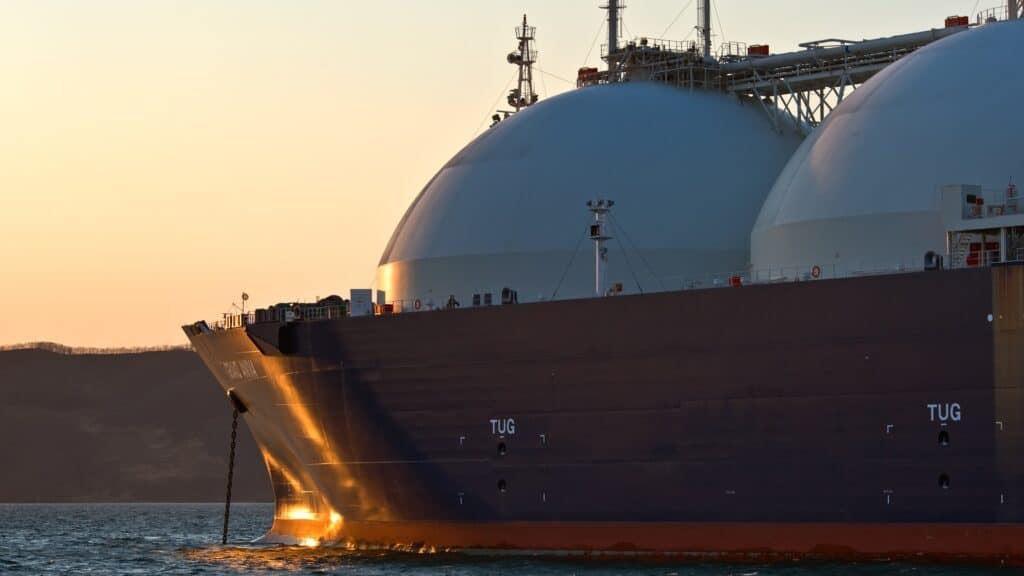 US Cabotage Laws and Alaska' LNG Trade