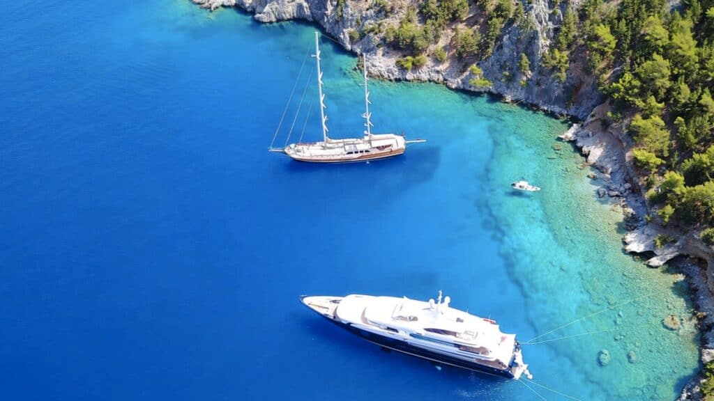 What you need to know about bareboat charters